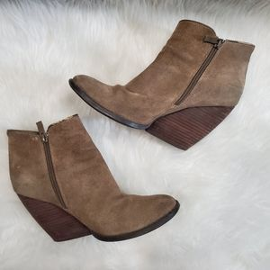Very Volatile Whitby Suede Ankle Boots, 8